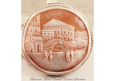 """Il Quadro di Venezia"" Cameo Necklace"