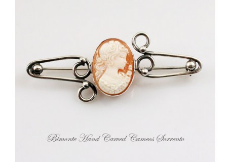 """""""Flora the Nature"""" Brooch"""
