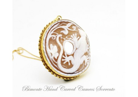 """Lizard"" Cameo Necklace"