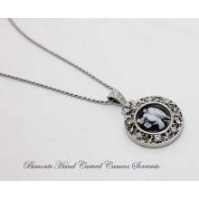 """Rinascimento""  Dove Cameo Necklace"
