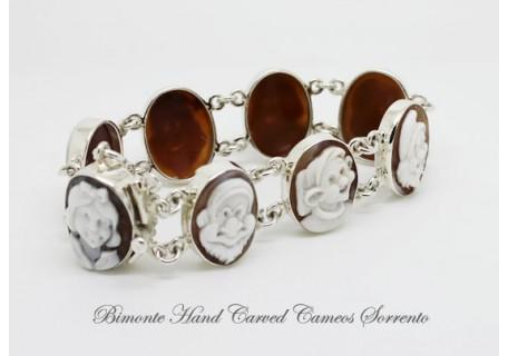 """SnowWhite and the Seven Dwarfs"" Cameo Bracelet"