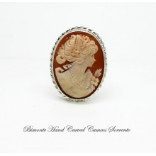Traditional Cameo Brooch and Pendent