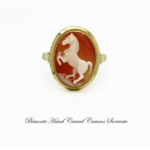 """""""The Horse"""" Cameo Ring"""