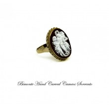 """""""The Three Graces """" Cameo Ring"""