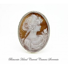 """""""Venus and the bird"""" Cameo Brooch and Pendant"""